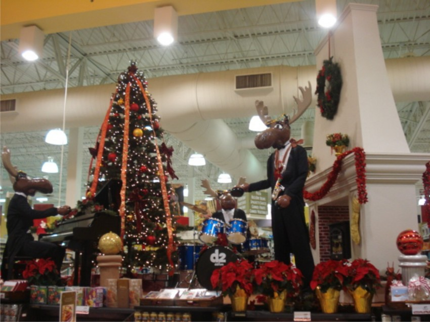bring the season to your store front
